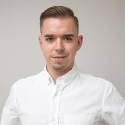 kamerzysta-slubny-zalozyciel-Lipne-Studio-Dawid-Lipiński